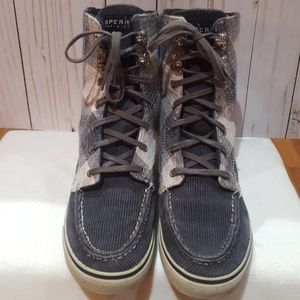 Sperry top-sider boots in nice condition